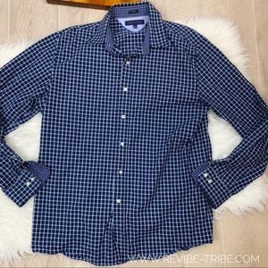 Tommy Hilfiger | Men's Button Down | 2404